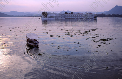 Lake palace hotel Uda 
