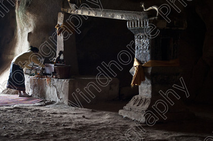 Offering, Pak Ou Caves 